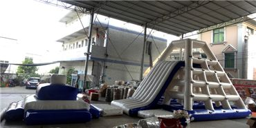 Hot-sale Inflatable Water Park for Water Sports