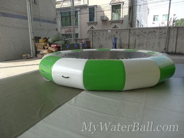 inflatable water trampoline 1
