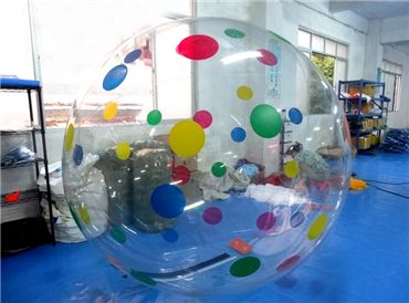 Color Dots Water Ball
