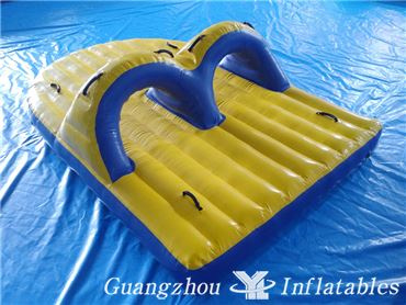 Inflatable Band Wagon for Water Parks Water Boat Inflatable